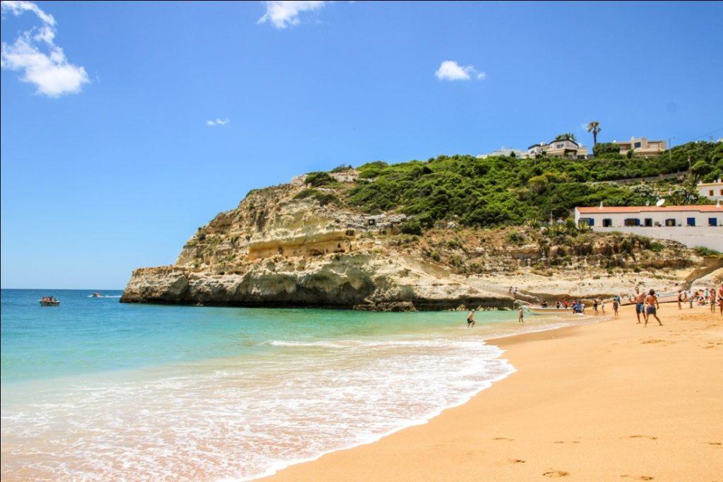 Bãi biển Benagil Bồ Đào Nha