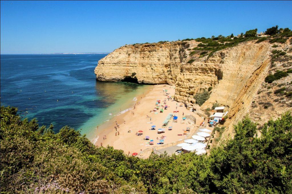 Bãi biển Vale Centeanes Bồ Đào Nha