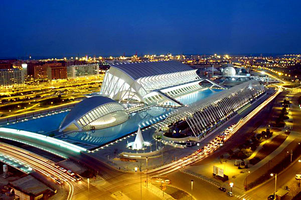Valencia huyền ảo ở Tây Ban Nha