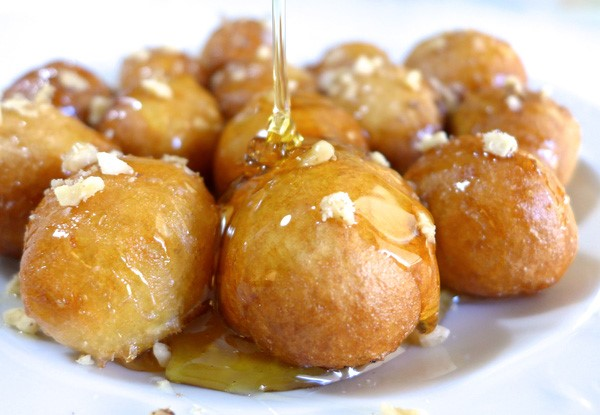 Bánh Loukhoumades  ẩm thực Hy Lạp
