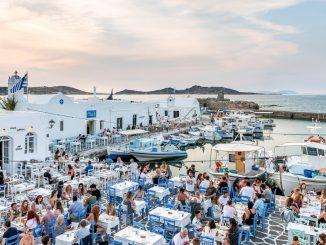 Khách du lịch đến Hy Lạp tăng 2021